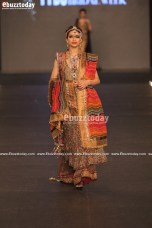SAAI-by-Sahar-Atif-pfdc-loreal-laris-bridal-week-2013-55