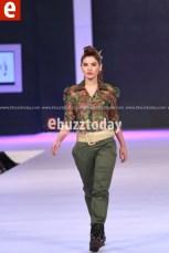 Arooj-Ahmad-PFDC-Sunsilk-fashion-week-PSFW2014-ebuzztoday-29