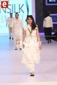 Arslan-Iqbal-PFDC-sunsilk-fashion-week-PSFW2014-ebuzztoday-24