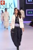 Arslan-Iqbal-PFDC-sunsilk-fashion-week-PSFW2014-ebuzztoday-9