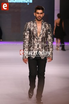 Fahad-hussayn-pfdc-sunsilk-fashion-week-psfw2014-ebuzztoday-26