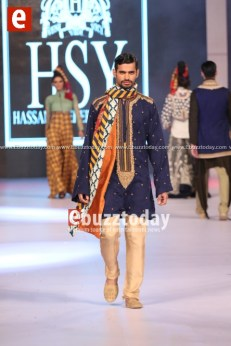 HSY-Collection-at-PFDC-Sunsilk-Fashion-Week-2014-ebuzztoday-psfw-psfw2014-94