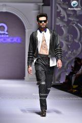 Jazib Qamar aamiriat showcase 2017 (1)