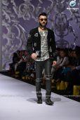 Jazib Qamar aamiriat showcase 2017 (2)