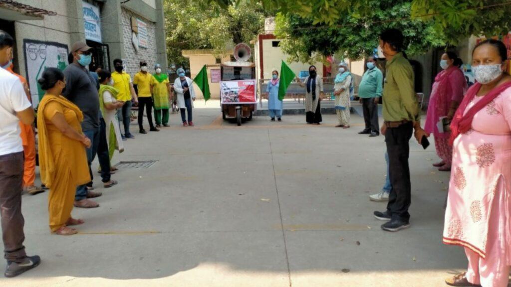 चाइल्ड सर्वाइवल इंडिया व सेव द चिल्ड्रेन ने दिल्ली की कई बस्तियों में नामांकन अभियान प्रारंभ किया है।