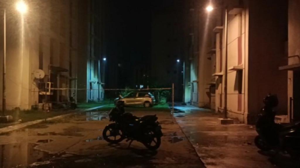 दिल्ली के रोहिणी सेक्टर 34 के एक फ्लैट में बंद मिला युवक युवती का शव