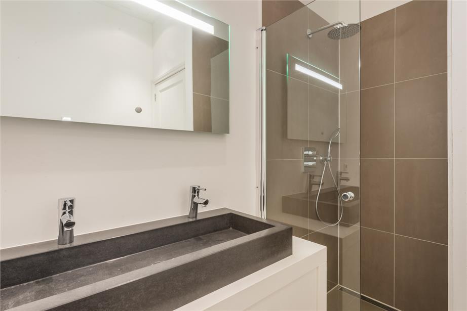 Badkamer Op Maat : Interieur badkamer aanrechtblad de mooiste wasbakken op maat in