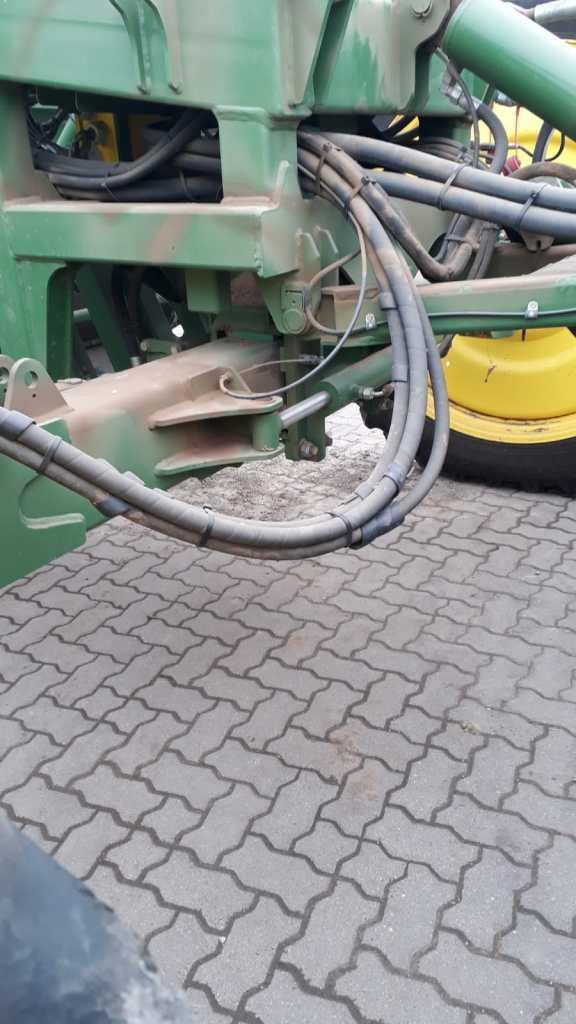Ploeger AR4W hydrauliek close-up