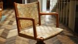 Den sjældne drejestol med læderflet er smukt restaureret og bliver brugt på Stadsarkitektens kontor