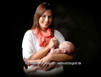 Mor og barn nyfødt