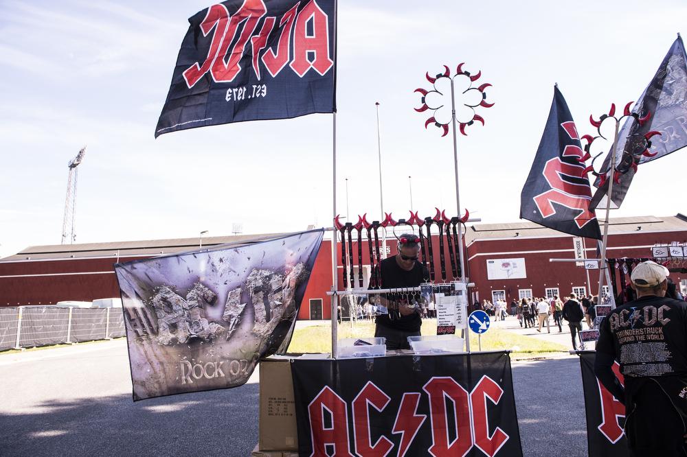 AC-DC 02