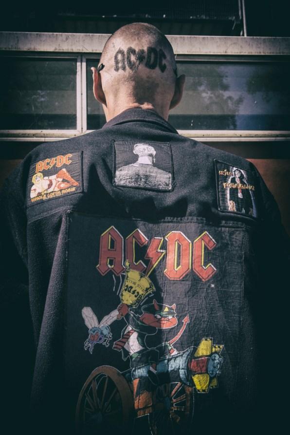AC-DC 16