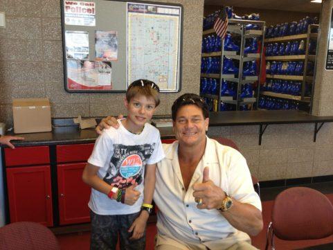 Aaron Hanania with former Chicago Bear Dan Hampton