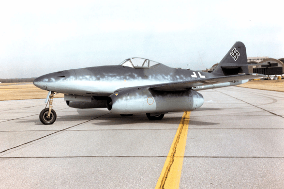 War novels - Color photograph of Messerschmidt 262 jet.