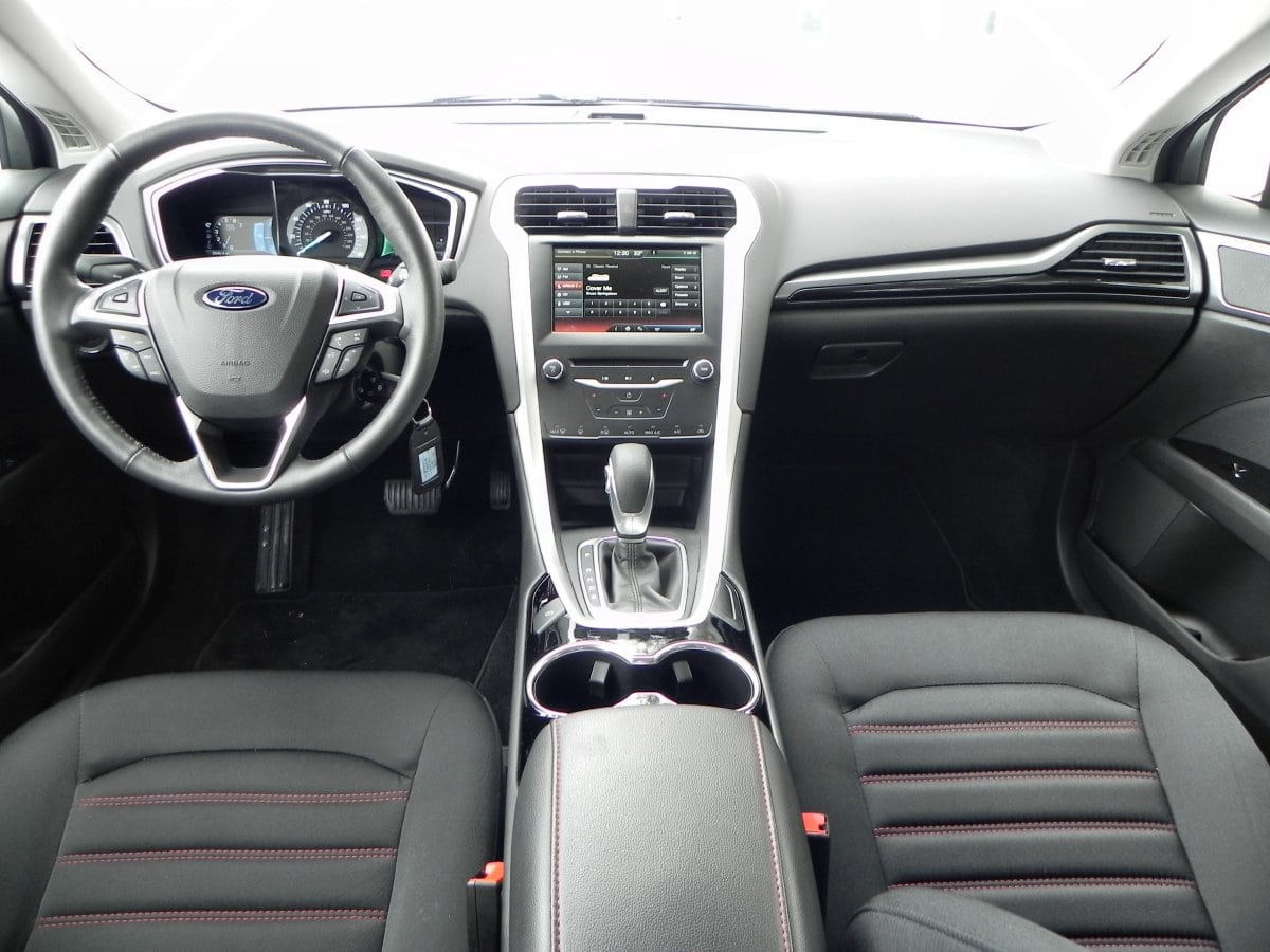 2014 Ford Fusion Interior Review Aaron On Autos