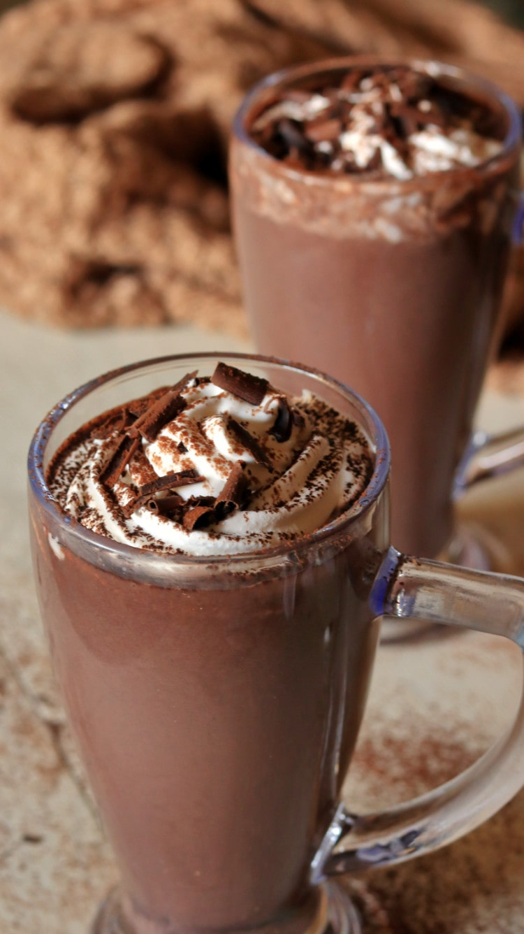how to make hot chocolate - serve hot with toppings