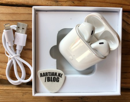 LK-TE9 1:1 AirPods review replica i60 i100 TWS
