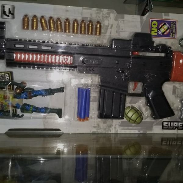 Gun with Equipments
