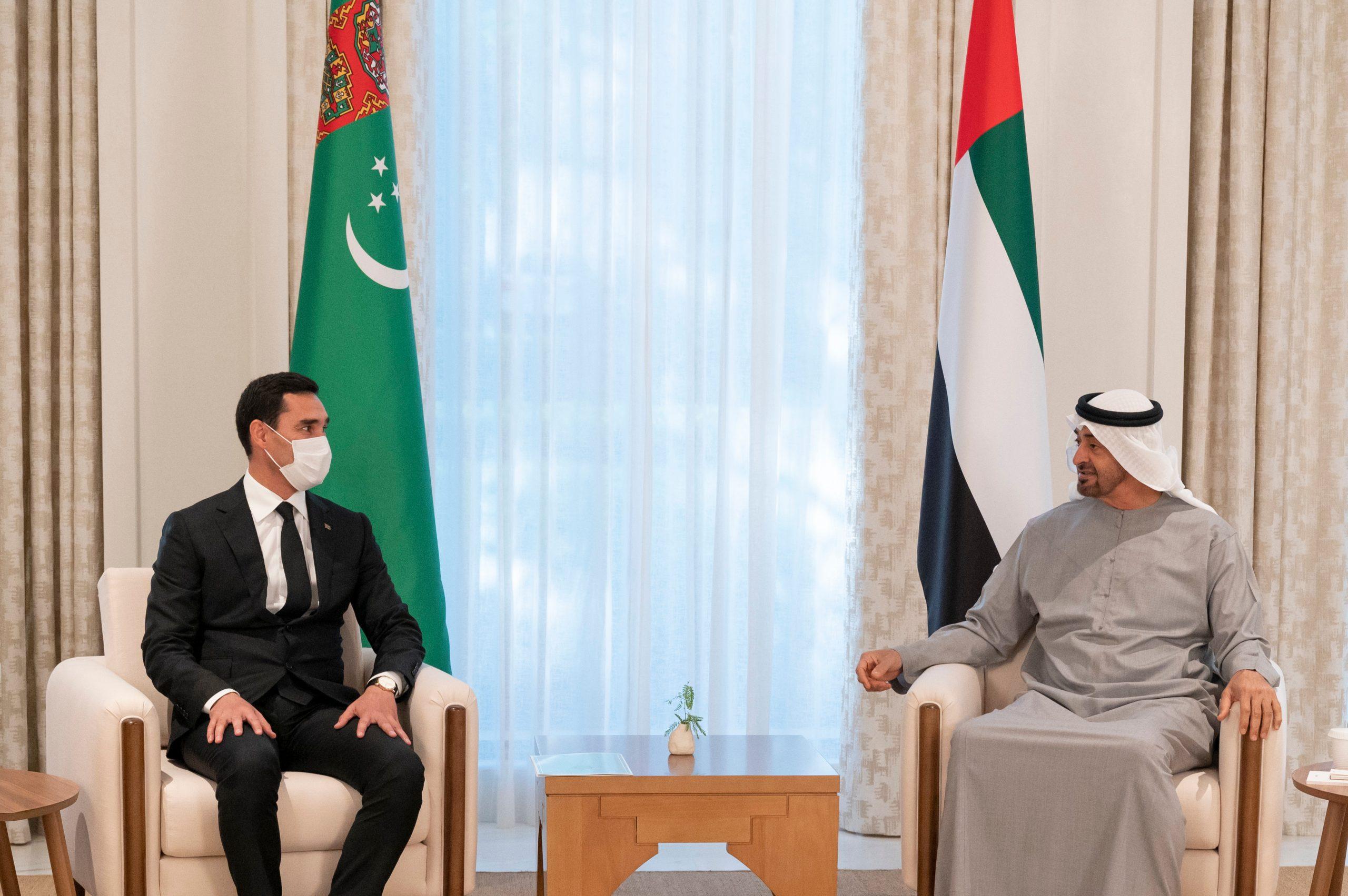 محمد بن زايد يلتقي نائب رئيس وزراء تركمانستان