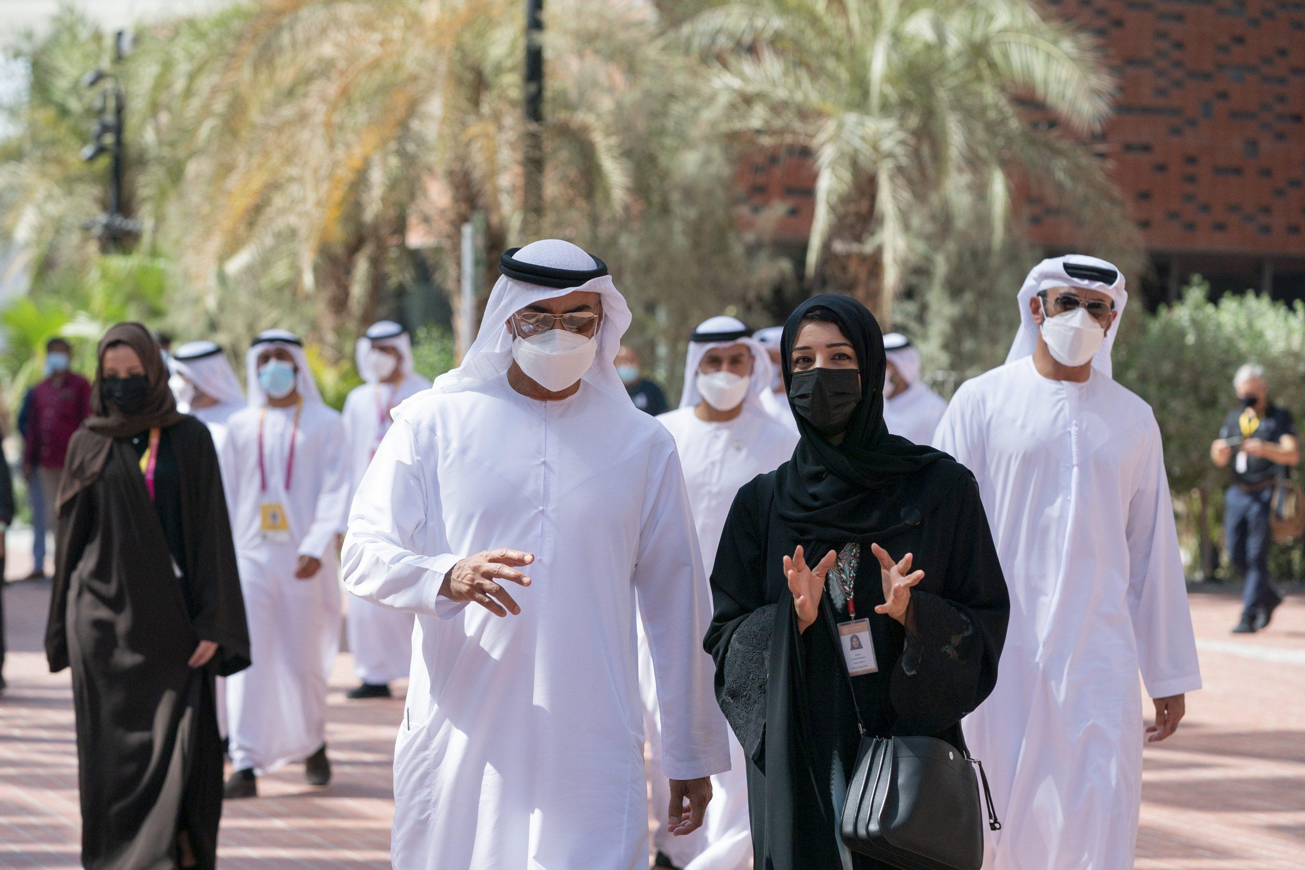 """محمد بن زايد يزور جناح الفرص الذي يضم ملتقى الأمم المتحدة في """"إكسبو2020 دبي"""""""
