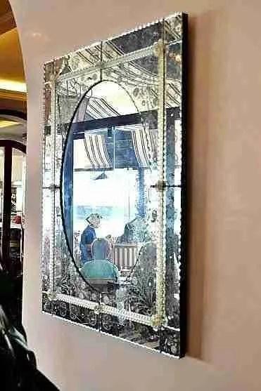 Specchio inciso e molato
