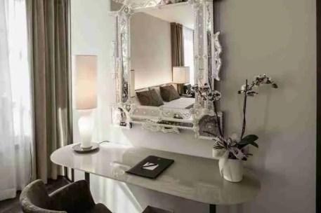 Specchio veneziano inciso