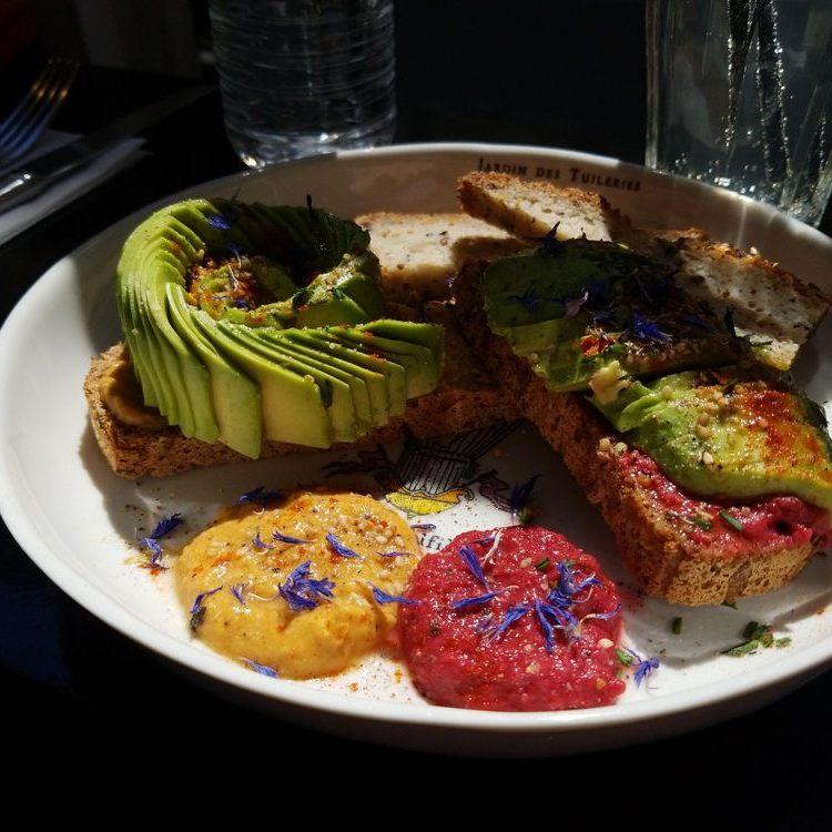 Cuppa - Avocado toast with beet sauce and hummus Paris May 2019