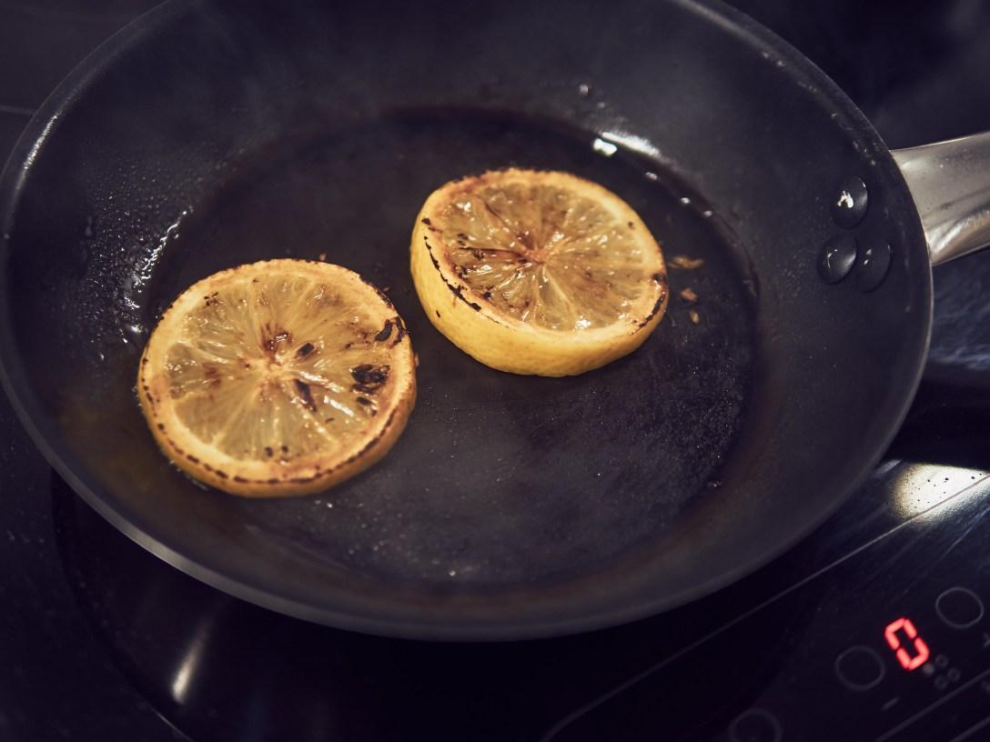 pechuga pollo sous vide con limón tostado y romero