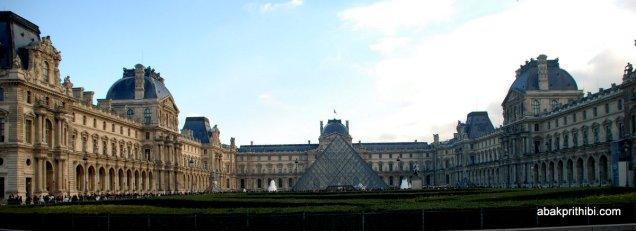Louvre Pyramid, Louvre Palace, Paris (8)