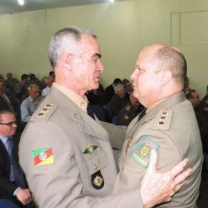 coronel-mantovani-passou-o-comando-a-buss-jb-cardosofn-crop_370_370_d237c_dscn7887