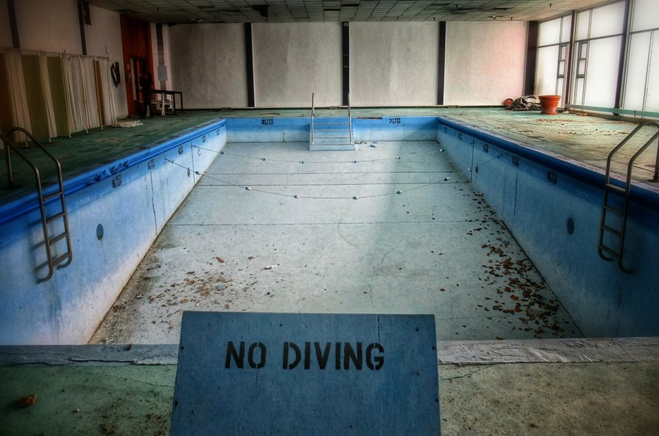 Ten creepy abandoned pools abandoned hudson valley for Letchworth swimming pool timetable