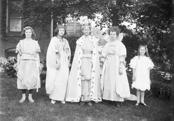 Children in Vintage Clothing