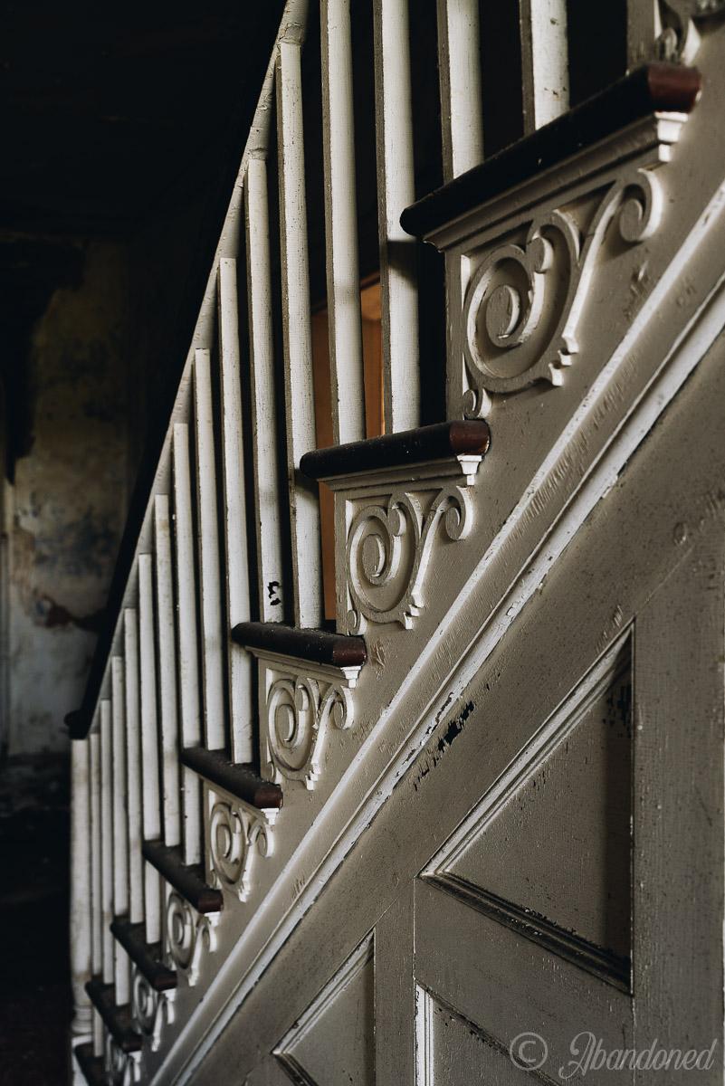 Poplar Hill Staircase Detail