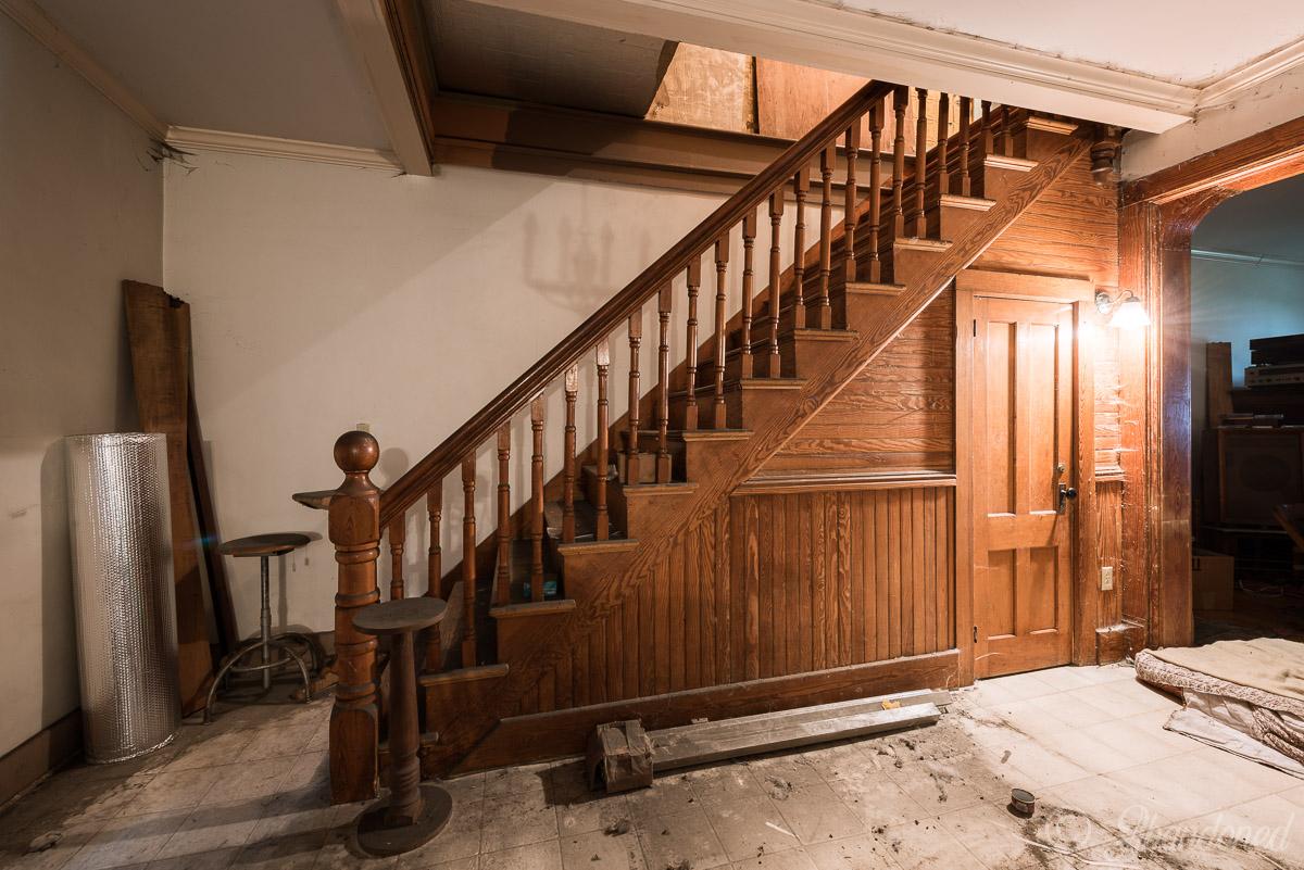 Essex County Home and Farm Home Building Interior