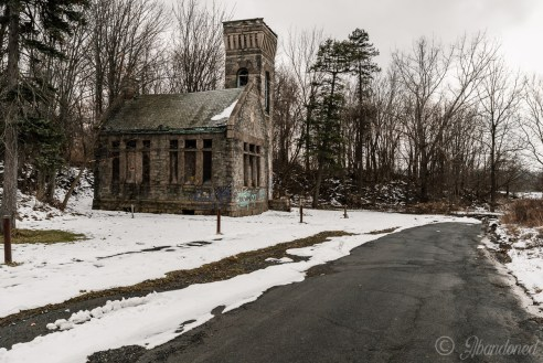 Oakwood Cemetery Administration Building