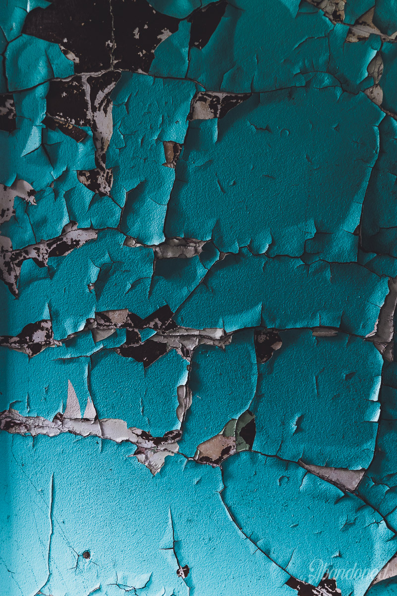 Itmann Company Store and Office - Peeling Paint