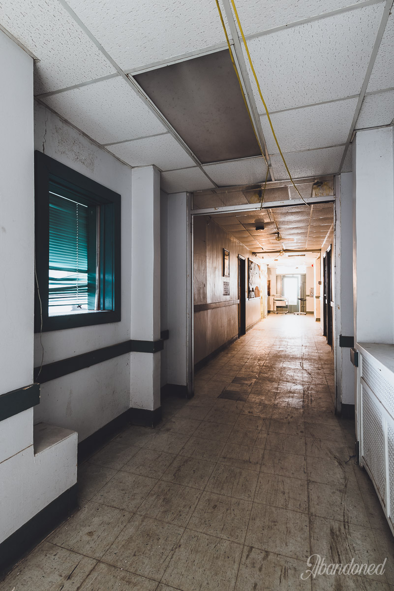 Williamson Memorial Hospital Typical First Floor Interior - Hallway