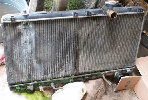 Tips Menguras dan Merawat Radiator Mobil