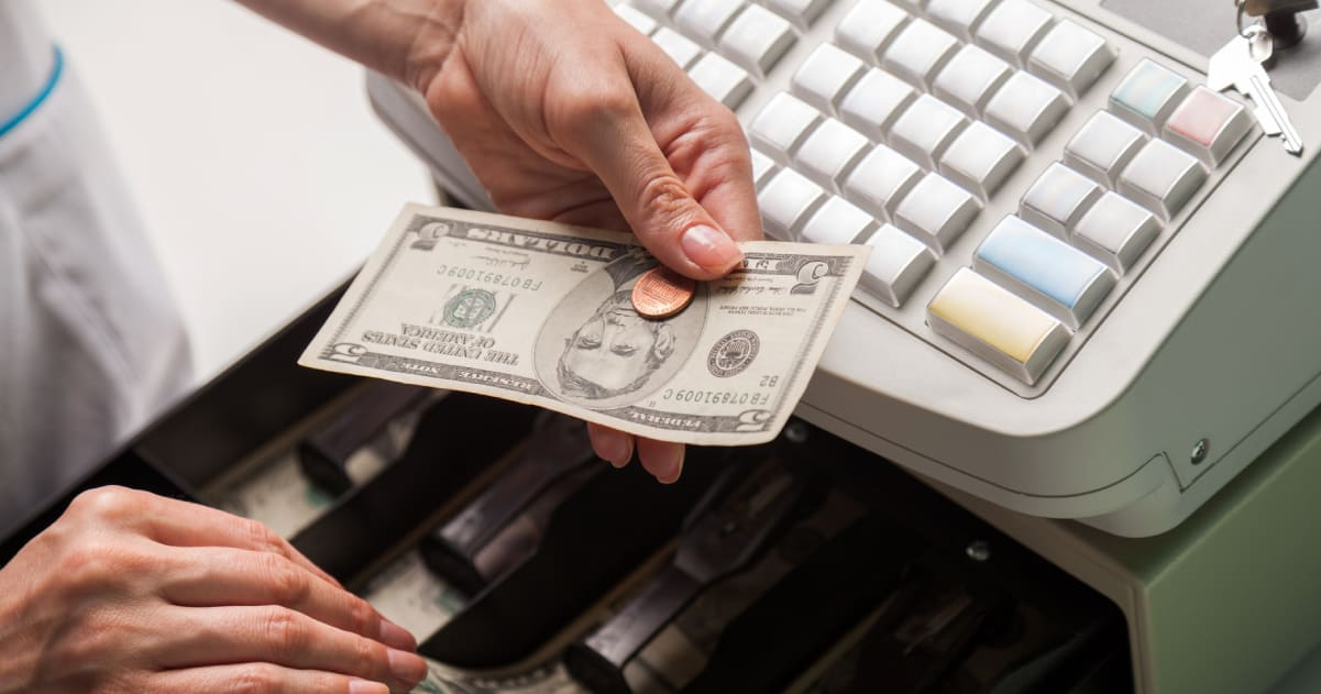 How To Balance A Cash Drawer A Bar Above