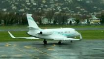 Falcon 2000 EX taxiing