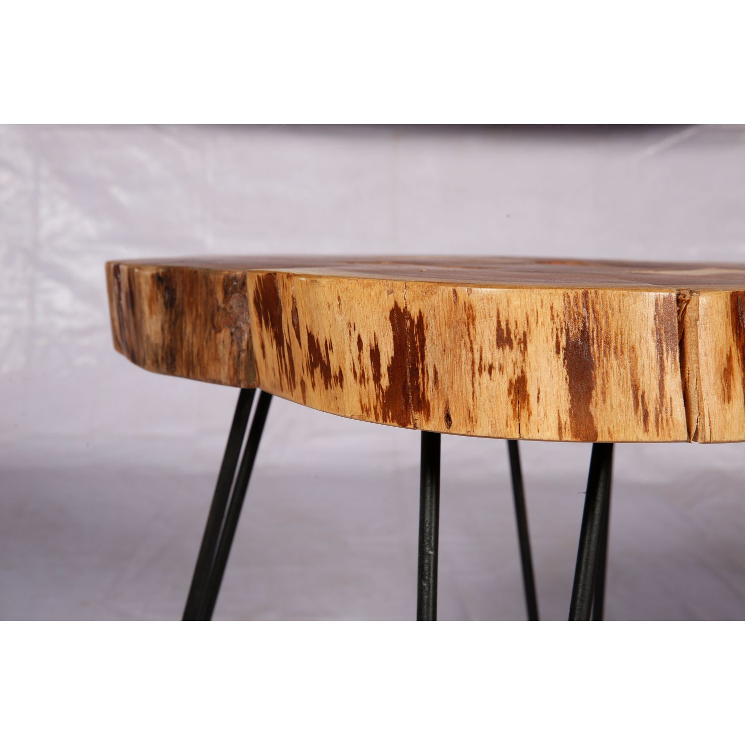 coffee table in raw wood manufacturer