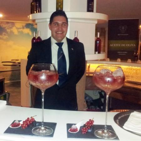 Javi Pont Campeón del 1º Concurso de cocteleria TWENTY TWELVE