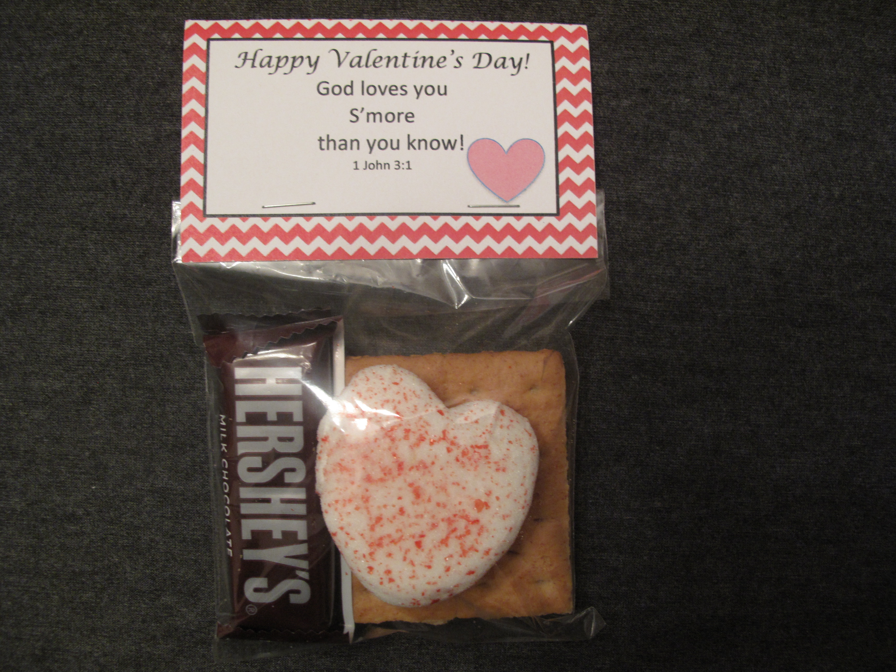 Easy Adorable And Yummy Valentines With Free Printable Bag Topper
