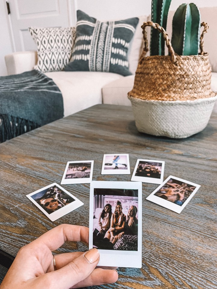HOW TO GET A POLAROID PICTURE WITHOUT THE CAMERA