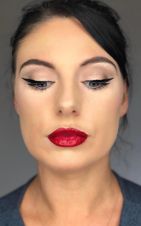 Full Application Makeup