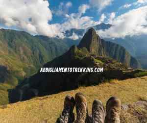 scarponi da trekking machu pichu sullo spondo