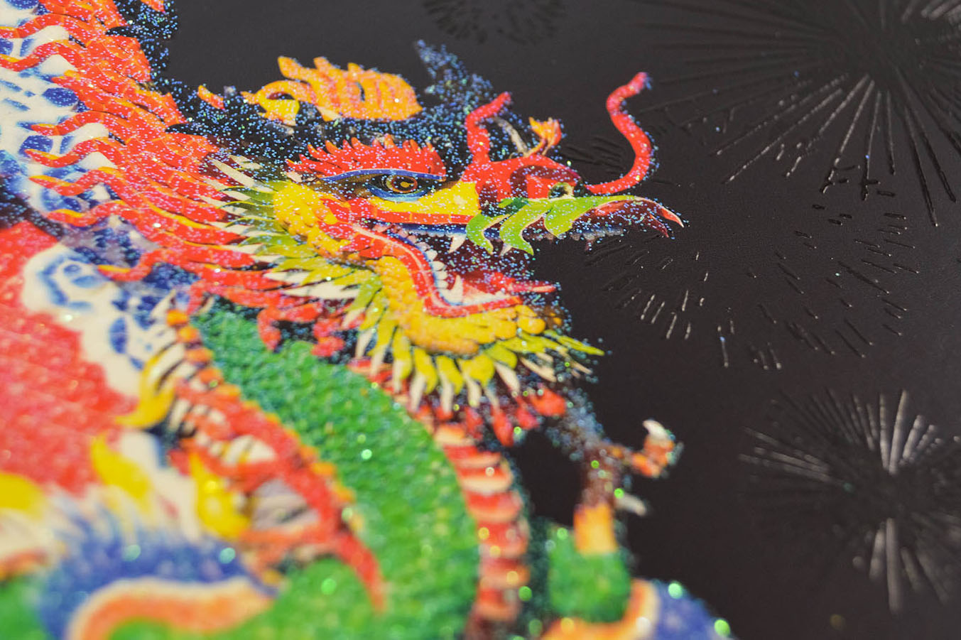 dragon thermography glitter card