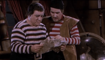 Abbott and Costello Meet Captain Kidd - Lou and Bud find the treasure map