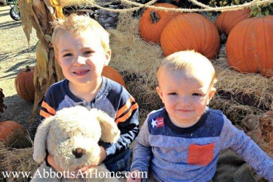 Kids Fall Pumpkin Picture