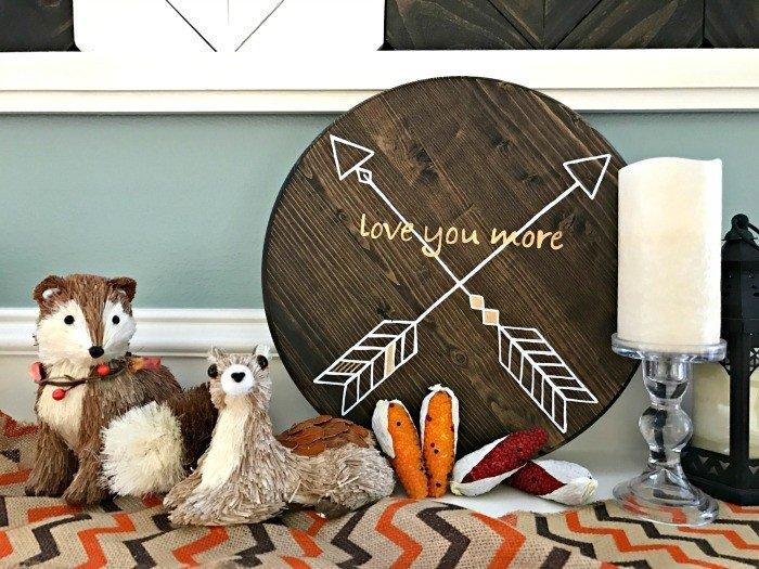 This DIY Reversible Sign is easy to make, can be made with your design, and can match more of your seasonal and holiday decor.
